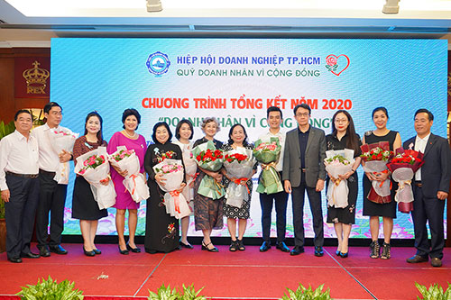 HUNG THINH CORPORATION SUPPORTED 200 MILLION VND FOR THE CARE ACTIVITIES FOR TET HOLIDAY PEOPLE 2021