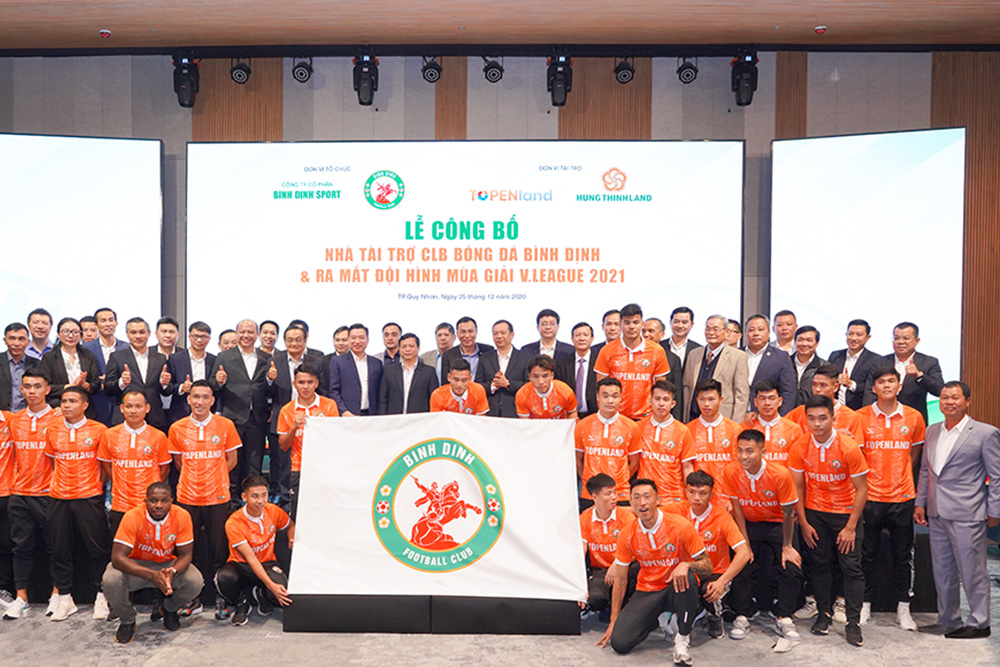 TOPENLAND AND HUNG THINH LAND SPONSORS VND 300 BILLION FOR TOPENLAND BINH DINH FOOTBALL CLUB IN 3 V.LEAGUE SEASONS OF 2021 - 2023